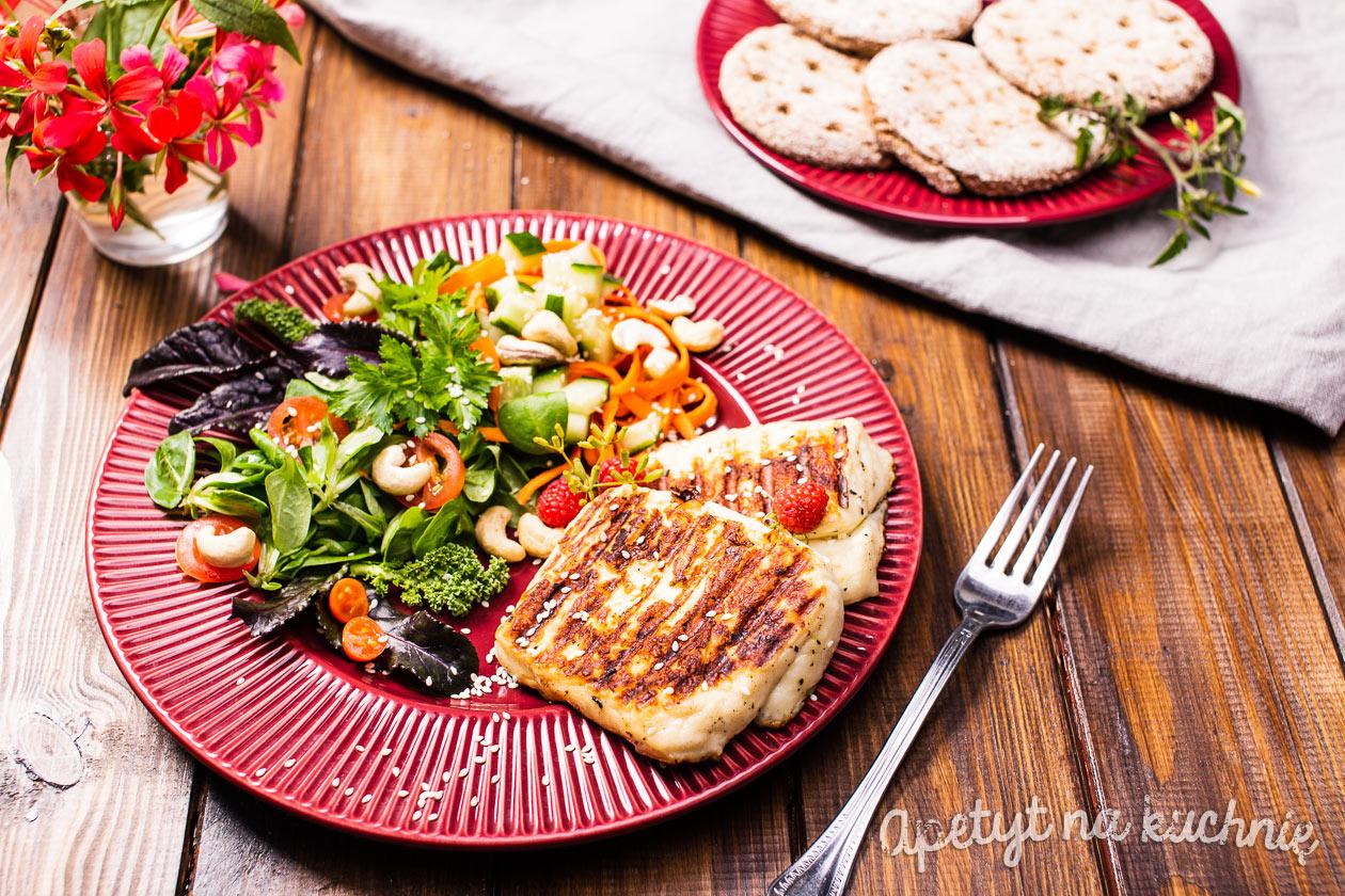 Salatka Z Grillowanym Serem Halloumi Blog Apetyt Na Kuchnie