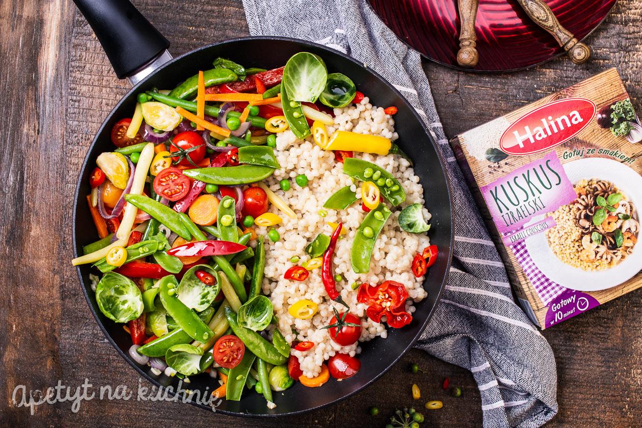 Kuskus Izraelski Z Kolorowymi Warzywami Blog Apetyt Na Kuchnie